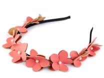 Čelenka s květy a perlami